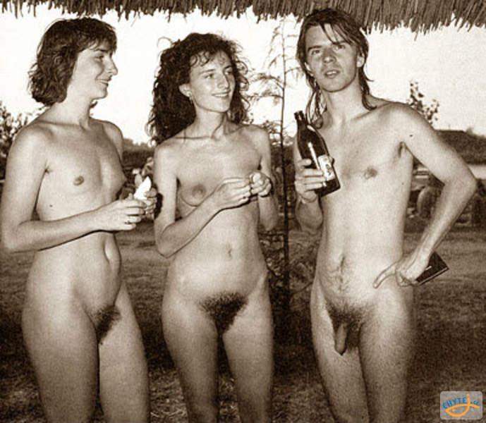 vintage-family-nudist-pics